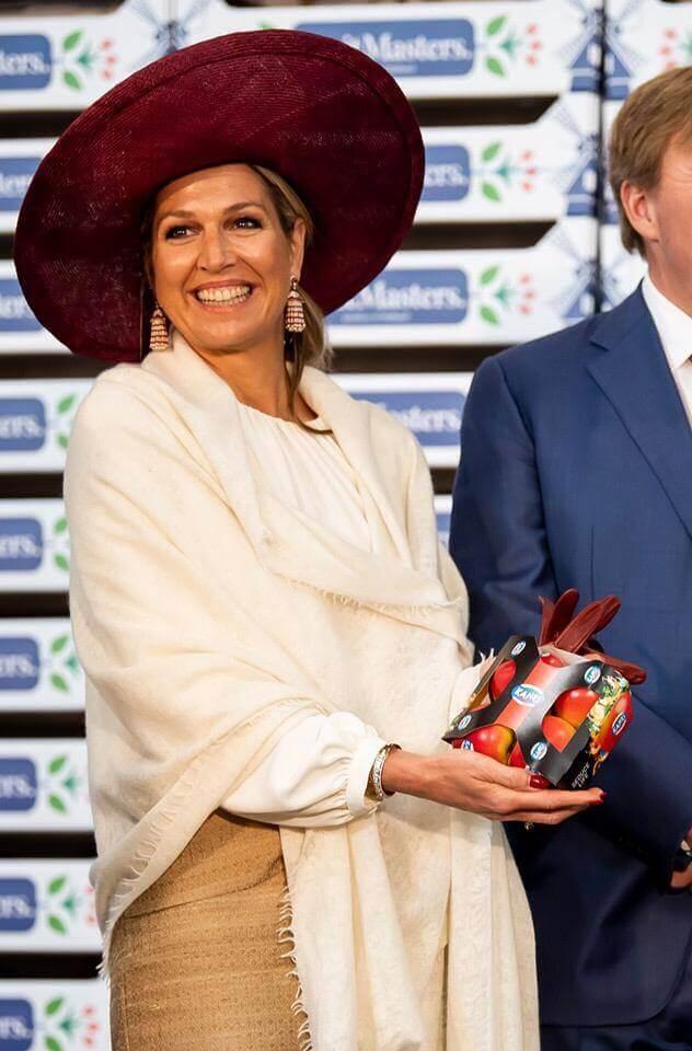Máxima with JASA's Sleeve for apples